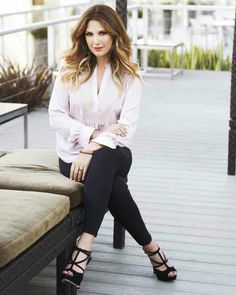 Those leggings. That top! This look from 2013 is still so current. #DaisyFuentes #Kohls