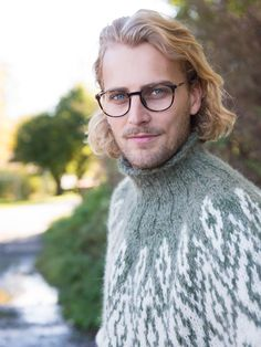 Hislender genser - A Knit Story Knitting, Fashion, Threading, Moda, Tricot, Fashion Styles, Breien, Stricken, Weaving