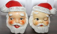 VINTAGE CHRISTMAS SANTA HEADS SALT & PEPPER SHAKERS CORK STOPPER JAPAN