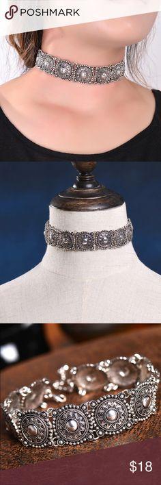 Boho Collar Chocker Necklace Hot Boho Collar Choker / Silver statement Necklace/  womenFashion Vintage Ethnic  Bohemia style Jewelry Necklaces