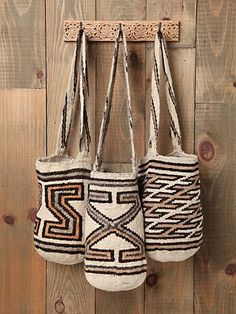 Pattern Mochila Woven Bucket | This gorgeous woven bag is handmade in Colombia by local tribes.
