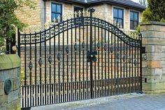 Wrought Iron Gates and Railings Stockport, Manchester - http://www.dhgates.co.uk/