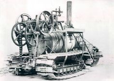 Holt_steam_driven_crawler_tractor_circa_1890.