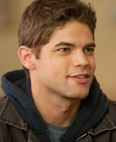 """Smash"" star Jeremy Jordan has been cast as Winslow ""Winn"" Schott, better known to DC Comics readers as Toyman, in CBS's ""Supergirl.""  According to TheWrap, the 30-year-old stage actor will guest star in the pilot, with the potential for a recurring role, as an IT whiz who works with Kara (Melissa Benoist) at CatCo, the company owned by Cat Grant (Calista Flockhart). An early character breakdown described Winslow as a 20-something genius and ""Comic-Con stalwart"" who develops a crush on Kara."