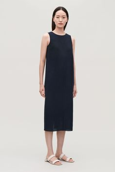 Model front image of Cos v-back sleeveless dress in blue