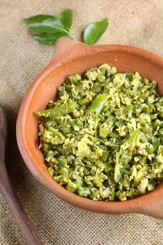 Achinga or payaru thoran Recipe. Kerala style sauteed or stir fried long beans .long beans cooked with coconut,shallot and green chili,then seasoning with mu...