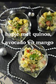Hapje met quinoa, avocado en mango - Fiekefatjerietjes Tapas, Food Design, Best Appetizers, Appetizer Recipes, Veggie Recipes, Cooking Recipes, Quinoa Sweet Potato, Healthy Snacks, Healthy Recipes