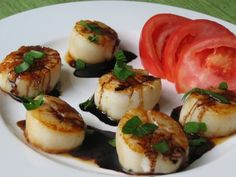 Scallops with Rosemary Balsamic Reduction