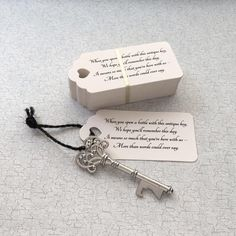 "Skeleton Key BOTTLE OPENERS + ""Poem"" Thank-You Tags – Wedding Favors for Guests - set of 50 - Ships from US - Antique Silver"