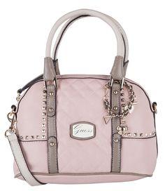 De Adoro Small Amour Satchel van Guess is verkrijgbaar in deze zacht roze kleur, maar ook in het wit. Beide zijn afgewerkt met houden details en studs.