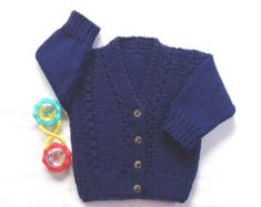 Baby knit cardigan with sailboat motifs 6 to 12 by LurayKnitwear
