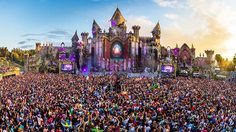 One of the biggest electronic dance music (EDM) festivals in the world, Tomorrowland is also one of the loudest and most dynamic Tomorrow Land, World Of Tomorrow, Top 20 Music, Big Music, Dance Music, Electric Daisy Carnival, Winter Festival, Edm Festival, Lollapalooza