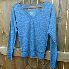 Leopard Aeropostle Top This top is in like new condition and super cute!! An awesome must have long sleeve T Aeropostale Tops Tees - Long Sleeve