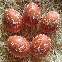 Ukrainian Easter Eggs, Scrambled Eggs, Christmas Bulbs, Wax, Holiday Decor, Spring, Painting, Christmas Light Bulbs, Painting Art