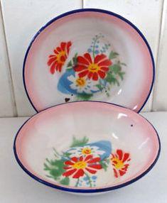Enamel Ware, Vintage Kitchenware, Oeuvre D'art, Retro Vintage, Decorative Plates, Memories, Tableware, Shopping, Enamels