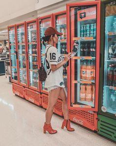 """8,906 curtidas, 66 comentários - THALITA FERRAZ (@thalitaferrazoficial) no Instagram: """"Passando aqui com essa foto de supermercado, para avisar vocês que estarei no Backstage do…"""""""