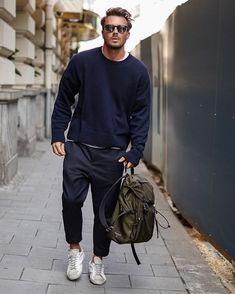 Mens Fashion Wear, Stylish Mens Fashion, Stylish Mens Outfits, Normcore Outfits, Normcore Fashion, Mens Dressing Styles Casual, Look Street Style, Looks Style, Mens Clothing Styles