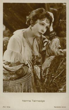Norma Talmadge 1927.