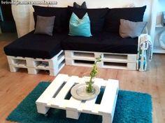The Easiest of DIY Furniture Projects Diy Sofa, Diy Furniture Couch, Pallet Furniture Designs, Wooden Pallet Furniture, Furniture Projects, Pallette Furniture, New Swedish Design, Diy Home Decor, Room Decor