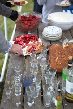 A Swedish Midsummer's Eve Party, 9PM-12AM, DESSERT