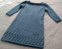 Moja pierwsza dzianinowa sukienka.