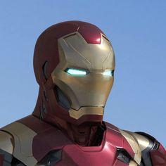 Marvel Fan, Marvel Dc Comics, Marvel Avengers, Lego Iron Man, Iron Man Avengers, Marvel Universe, Iron Man Poster, Iron Man Art, Star Wars Images