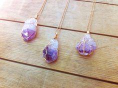 Amethist punt hanger / februari Birthstone kristal door FableAndLore