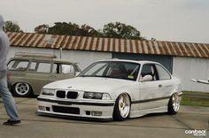 BMW E36 M3 slammed white