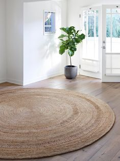 Armadillo and Co produce hand woven, Fair Trade rugs from sustainable natural fibres. Earthy rugs in wool and hemp, flat weaves, children's rugs and custom colo Armadillo, Petunias, Casa Hipster, Circular Rugs, Classic Rugs, Round Design, Rugs Usa, Round Rugs, Classic Collection