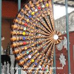 Leque 55 cm, com pedrarias. ArtCunha Artesanato em Gesso Est. Bandeirantes, 829, Taquara, Rio de Janeiro, RJ. Tel: (21) 2445-1929 / 8558-3595. #Estatua #Estatuas #Escultura #Esculturas #Cigana #Ciganas #Cigano #Ciganos #Artesanato #Artesanatos #Arte #Romani #Gitana #Gitanas #Gitano #Gitanos #Leque #Leques ////////// CLICANDO NA IMAGEM, ELA SERÁ VISUALIZADA EM TAMANHO MAIOR /////////
