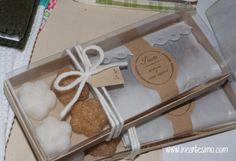 """Io e Patrizia di Strambai abbiamo dato il via alla tradizione del """"progetto in collaborazione"""" per il mercatino di Natale, più che altro una..."""