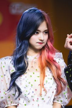 Kpop Girl Groups, Kpop Girls, Actor Model, Girls Generation, Pop Group, Blue Hair, Bellisima, Art Girl, Korean Girl
