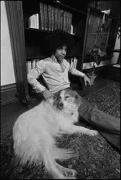 The first picture I have seen with Prince and a dog. Sheila E, Young Prince, My Prince, Prince Org, Prince Purple Rain, Paisley Park, Dearly Beloved, Roger Nelson, Prince Rogers Nelson
