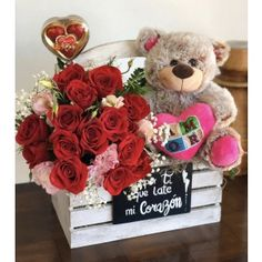 Romantic Valentines Day Ideas, Valentines Day Baskets, Valentines Gift Box, Bff Birthday Gift, Bear Valentines, Valentine Wreath, Valentine Crafts, Balloon Decorations Party, Valentine Decorations