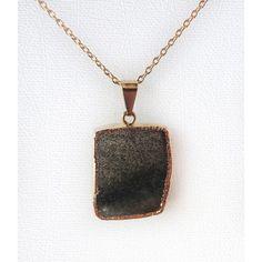 Pingente de Pedra Ágata Escura Folheado Dourado