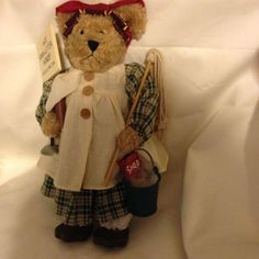 """Bear Wife Collectible Doll """"I Hate Four-Letter Words!"""" Cook, Dust, Wash, Iron  #Unknown #AllOccasion"""