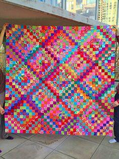 K.Fassett quilt, scrappy trip around the world