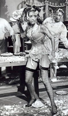 "Natalie Wood pie fight in ""Great Race"""