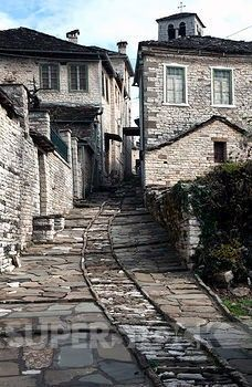 Greece, Ipiros, Dilofo, Old village  Credit: Nikos Desyllas