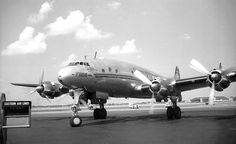 Chicago Municipal Airport - TWA - Lockheed Constellation  (Jul49) (NC86501) Five months later this aircraft would overrun the 13R runway and end up in the middle of 63rd and Cicero. See this photo: