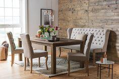 Bruk mer tid rundt matbordet med komfortable Mimosa spisesofa og stolsett.