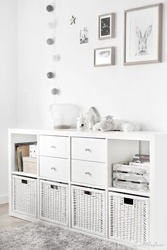 Stylish Toy Storage Ideas to Make Your Kid's Playroom Look Neat We all know that kids own a lot of stuff and never get enough of new toys—they always want more. These stylish toy storage ideas will help you organize. Ikea Storage, Storage Spaces, Baby Toy Storage, Basket Storage, Nursery Storage, Storage For Playroom, Ikea Kallax Nursery, Small Room Storage Ideas, Living Room Toy Storage