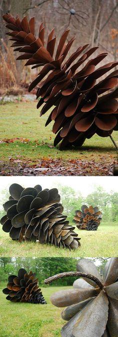 Shovel Pine Cones by Floyd Elzinga Floyd Elzinga's Pine Cones made of upcycled shovel heads.Floyd Elzinga's Pine Cones made of upcycled shovel heads. Land Art, Sculpture Art, Garden Sculpture, Bronze Sculpture, Drawn Art, Parcs, Environmental Art, Recycled Art, Outdoor Art