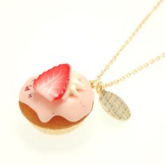 Strawberry CupCake Necklace | Q-pot.