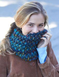 crochet Faux Popcorn Cowl (L hook, 5 gauge bulky weight yarn like Colorwul)