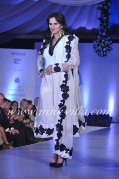 Sania Mirza walks the ramp at the Global Peace Initiative 'Walk for Peace' | PINKVILLA