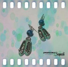 Coppia di orecchini a forma di scarpa ballerina in Argento 925 smaltato e pietra naturale g.13 Nickel free.  Su richiesta possiamo variare color...