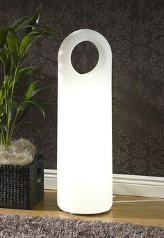 Origo-kirkasvalo. Eero Aarnion suunnittelema design-kirkasvalolaite, joka hurmaa sympaattisen pyöreällä muodollaan ja samettisella pinnallaan. Design Eero Aarnio