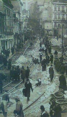 İstanbul- Karaköy Tramvay rayı döşenmesi 1913