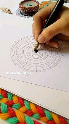 Mandala Doodle, Mandala Art Lesson, Mandala Artwork, Mandala Drawing, Art Drawings Beautiful, Art Drawings Sketches Simple, Doodle Art Designs, Art Painting Gallery, Indian Art Paintings
